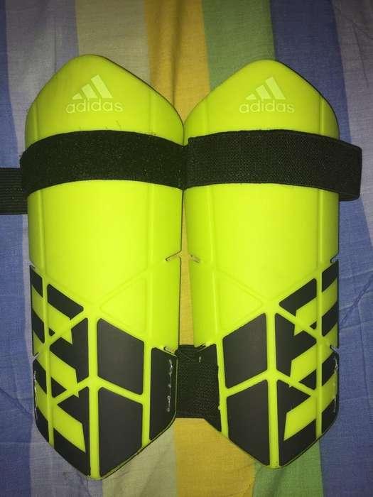 Canilleras Espinilleras <strong>adidas</strong> Nuevas
