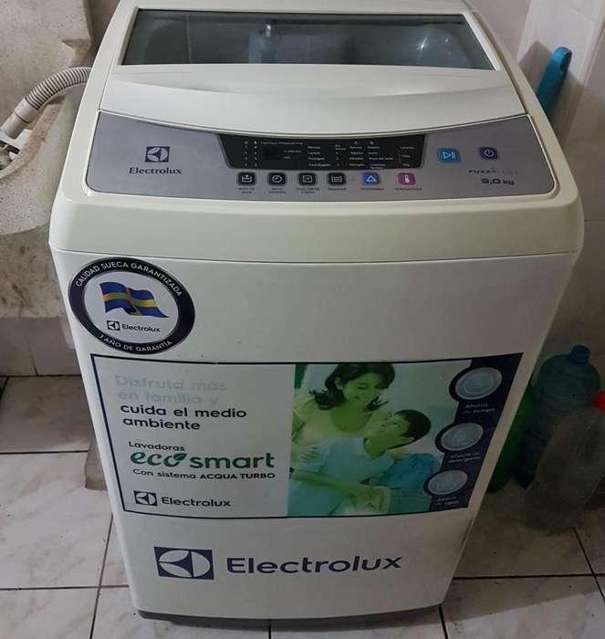 Lavadora Electrolux 9 kg usado excelente estado