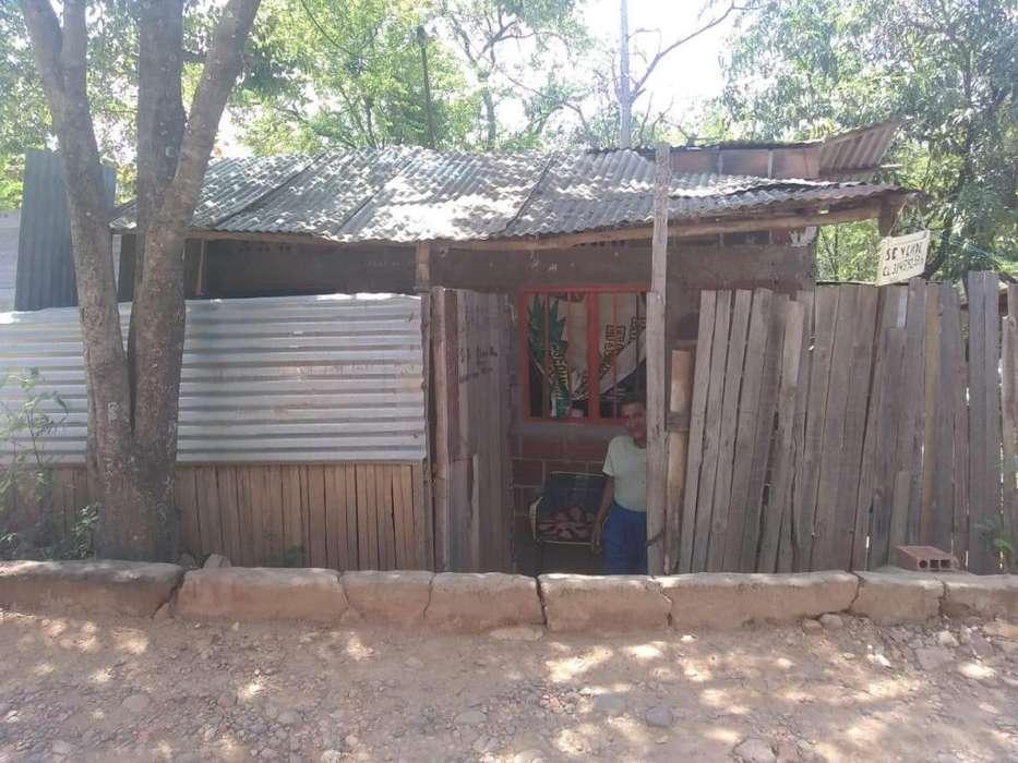 Casa Lote en Venta de 10x15 mts Todo al dia