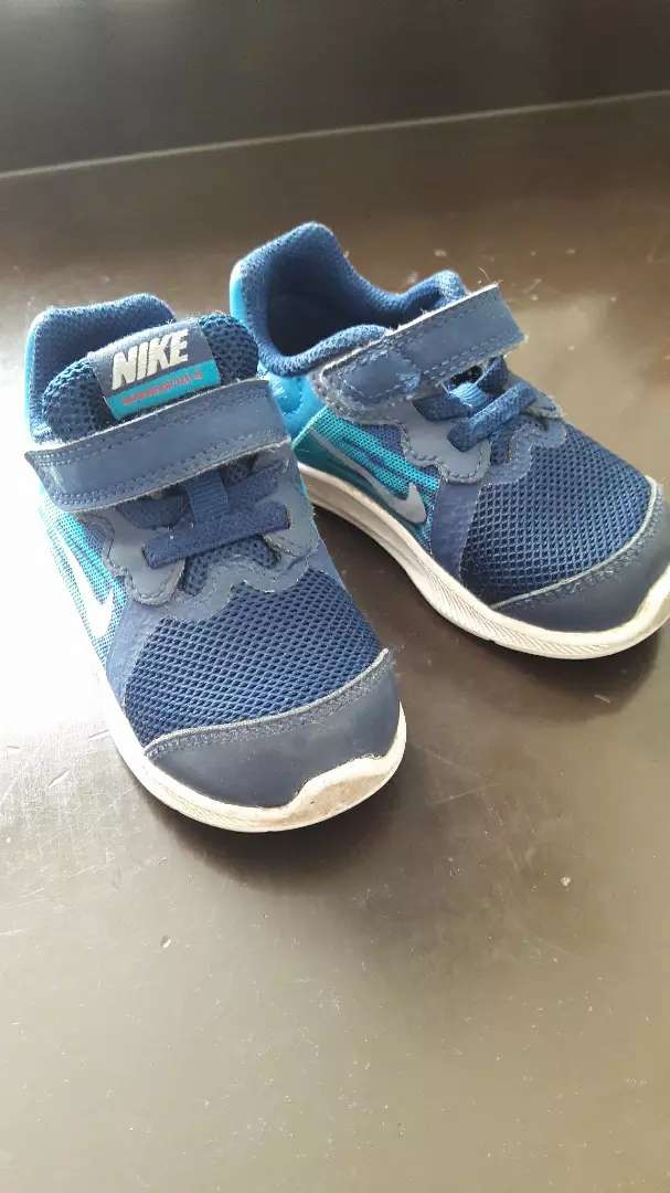 zapatillas nike niño 22