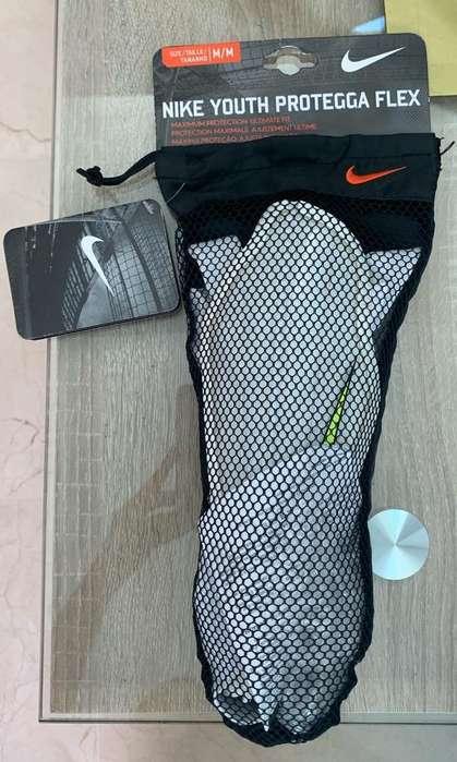 Canilleras Nike Talla M
