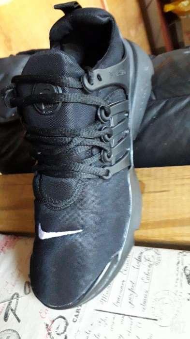 Zapatillas en 35 Y 36