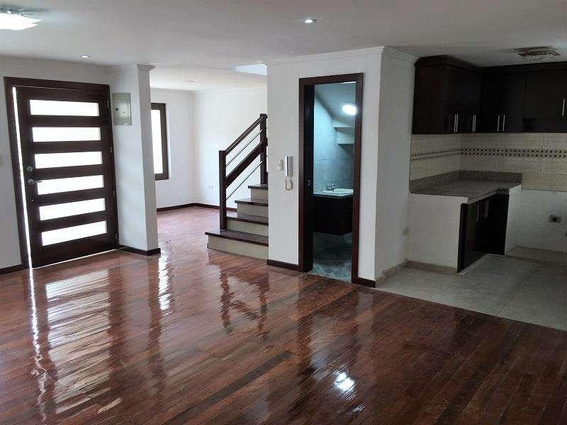 En VENTA Casa por estrenar 4 Dormitorios en Urbanización Bello Horizonte Cod: CV108