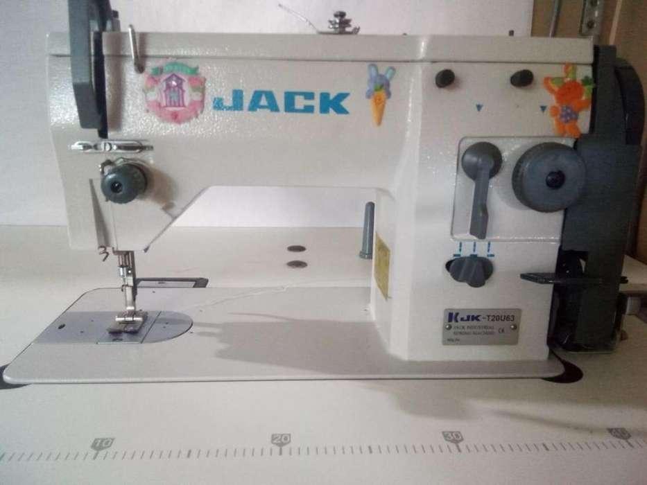 Maquina de coser Industrial JACK