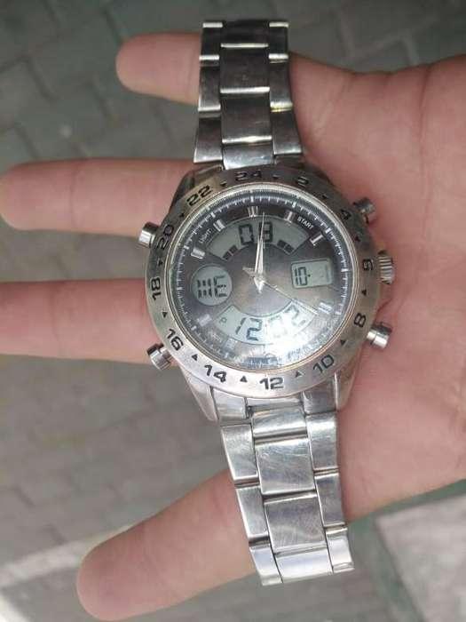 Vendo O Cambio Reloj Movement Doble Hora
