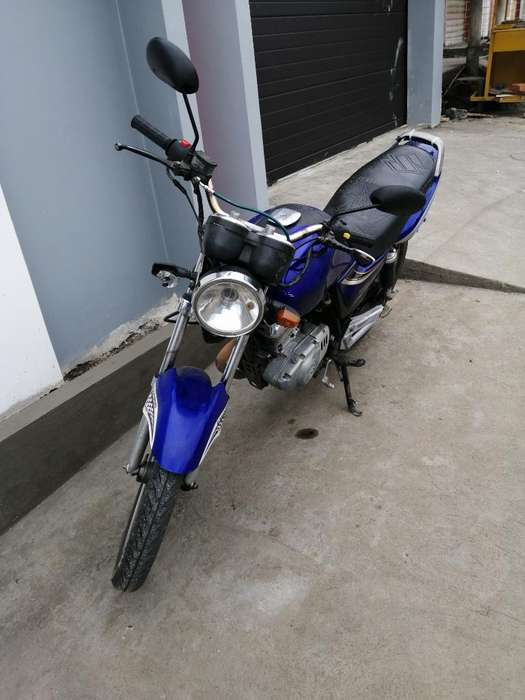 Suzuki en 125_2a