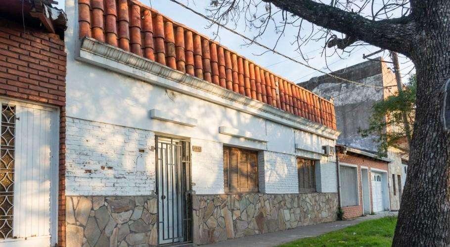 Casa 2 Dormitorios En Barranquitas Este A Mts De Boulevard