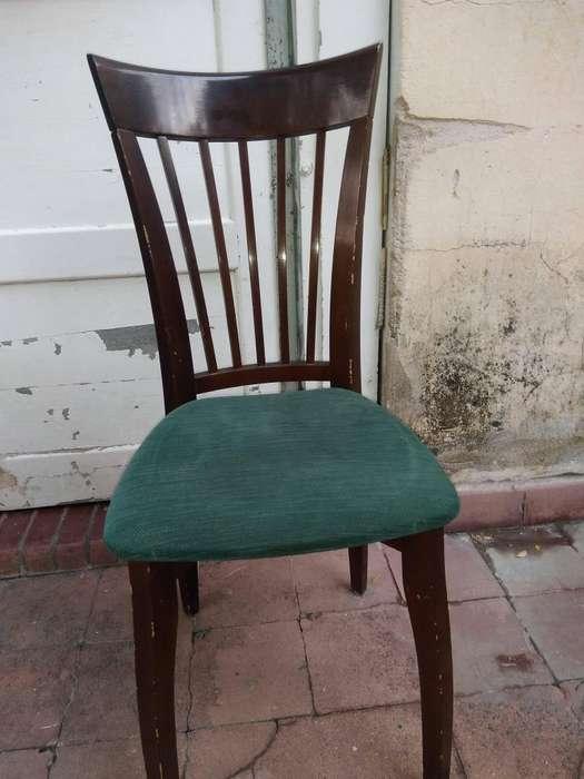 vendo <strong>juego</strong> de 4 sillas de madera con excelente tapizado