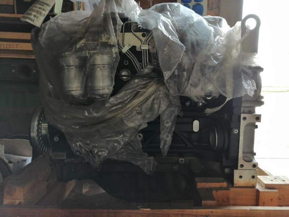 Motor Fpt Tractor New Holland 135 Kw
