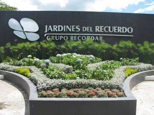 VENDO O PERMUTO LOTE DOBLE CEMENTERIO JARDINES DEL RECUERDO