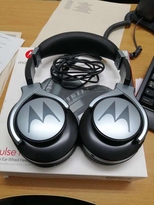 Audifonos Motorola Pulse Max Over Ear