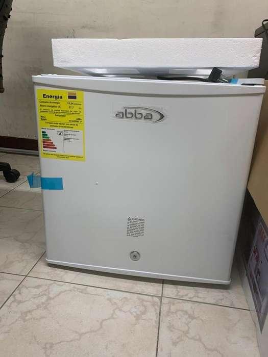 Minibar ABBA NV ARS065 1P S - 49,5Litros - NUEVA