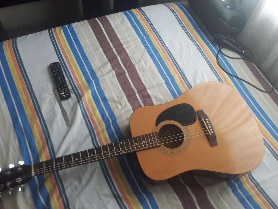 Vendo Squier Fender S100
