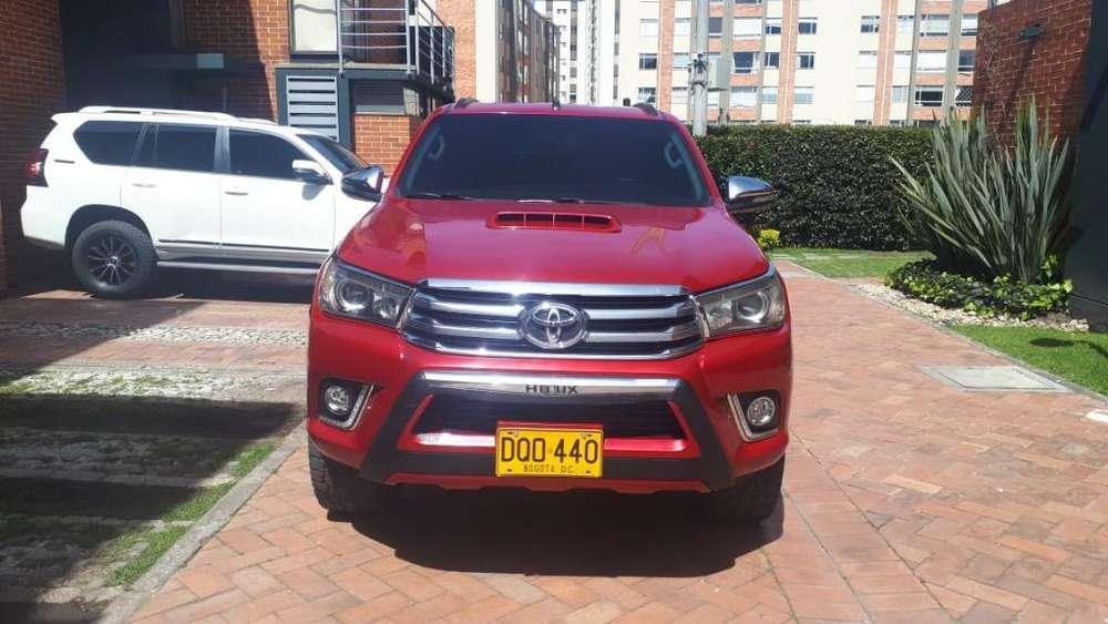 Toyota Hilux 2017 - 28000 km