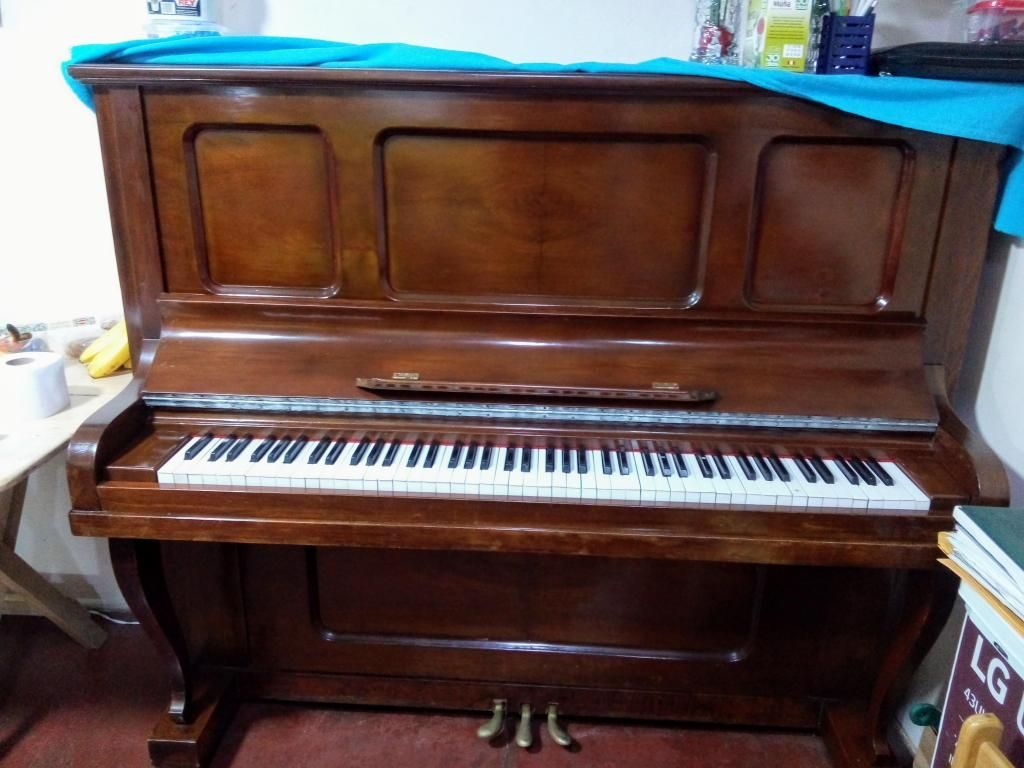 "Vendo piano vertical ""Hamilton"", excelente estado"