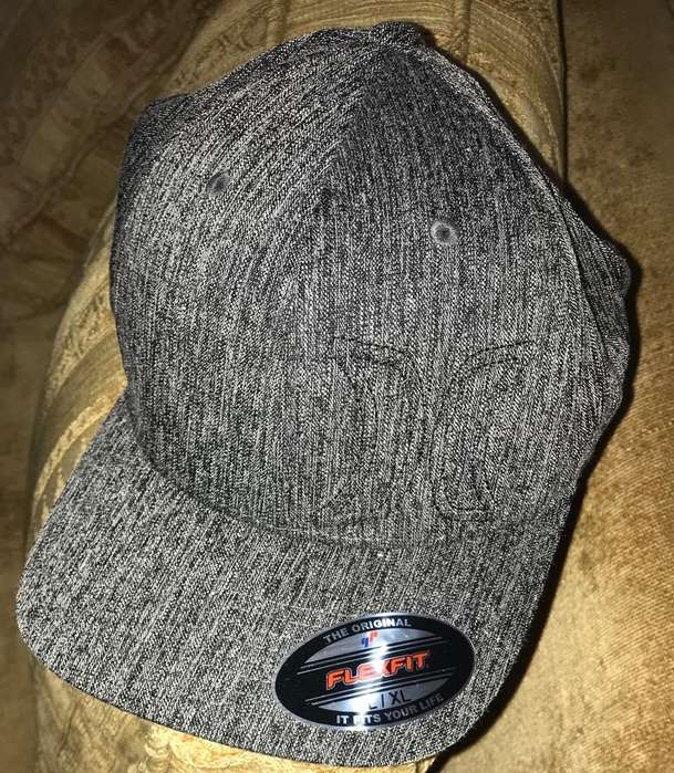 Gorra Hurley original Color Plomo L/XL
