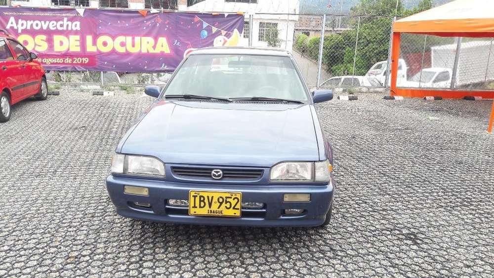 Mazda 323 2003 - 125000 km