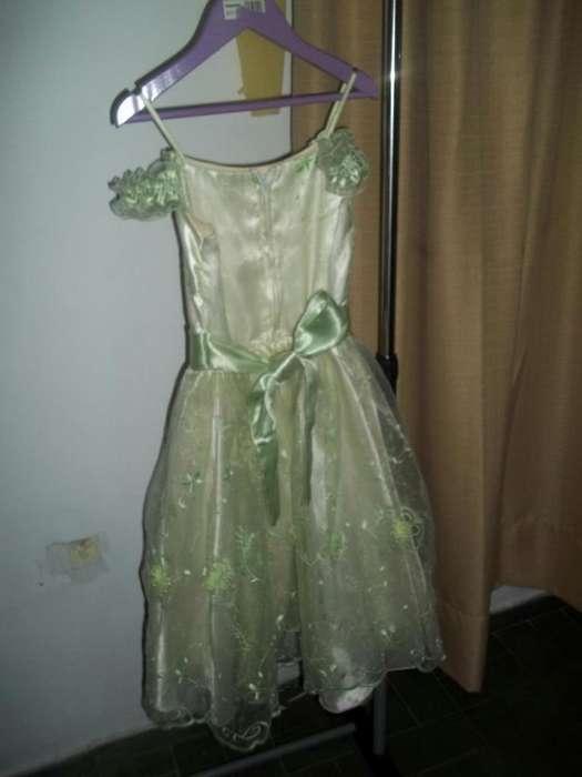 Vestido de fiesta, verde clarito