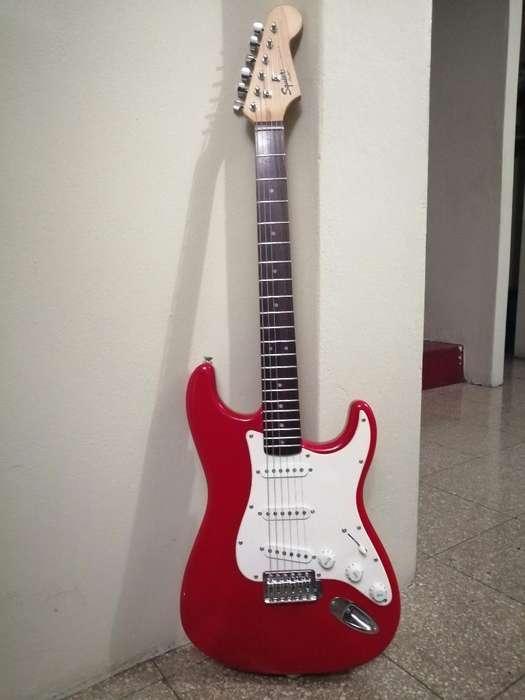 Guitarra Eléctrica Squier Fender Bullet
