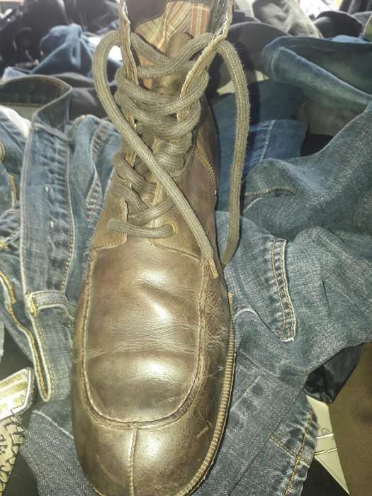 c35f25383e Remato Zapato Ingles Marca  strong clarks  strong
