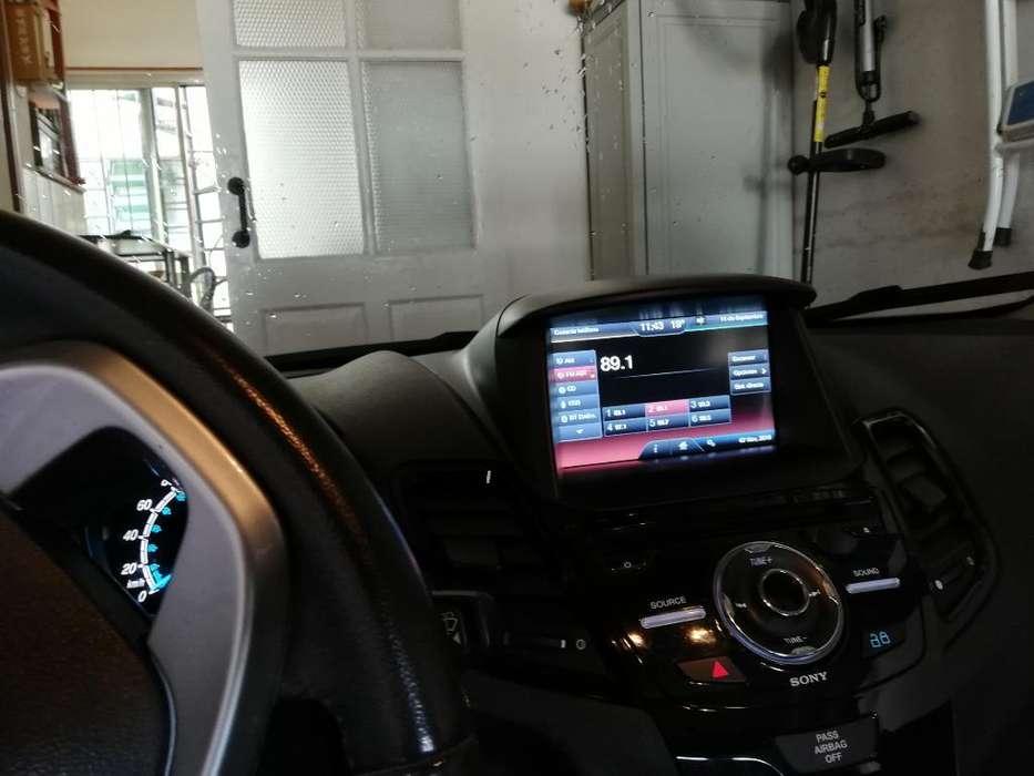 Ford Fiesta Kinetic 2013 - 43000 km