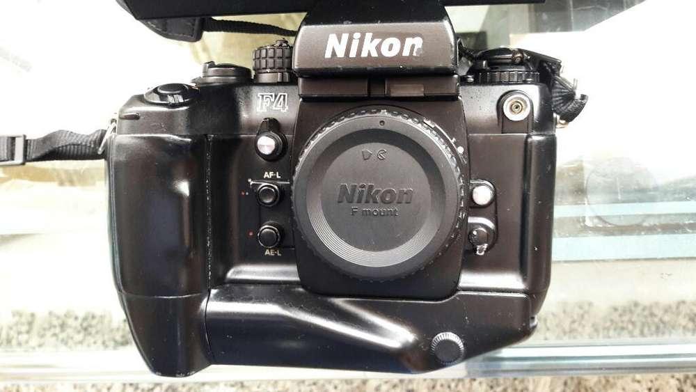 Cámara Nikon F4.. Clasica