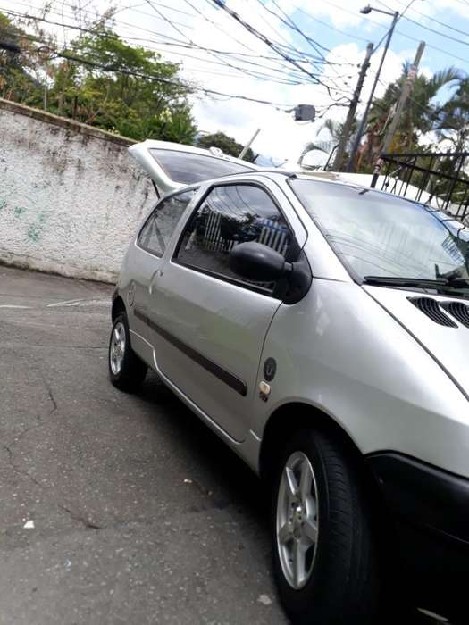 Renault Twingo 2008 - 142000 km