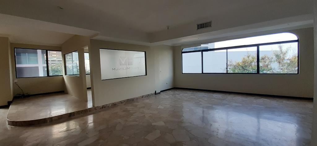 Alquiler de Oficina en Kennedy 350 Metros Guayaquil