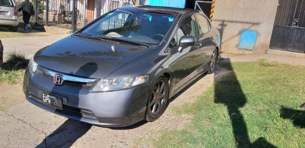 Honda Civic 2008 - 135000 km