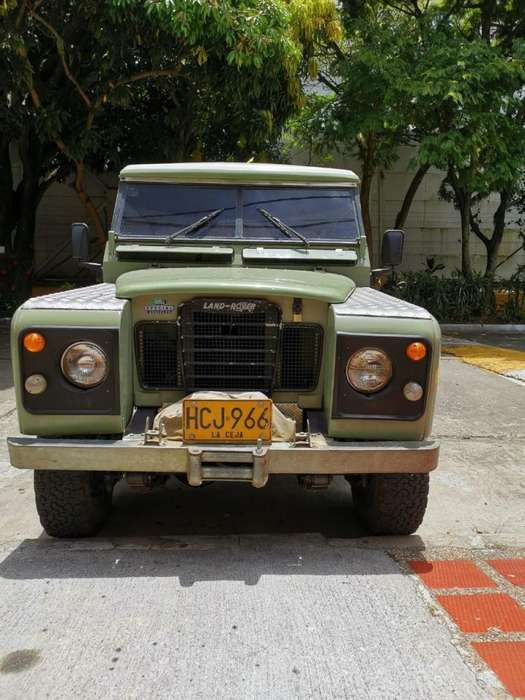 Land Rover Santana 1980 - 80000 km