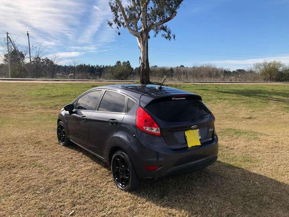 Ford Fiesta  2013 - 91000 km