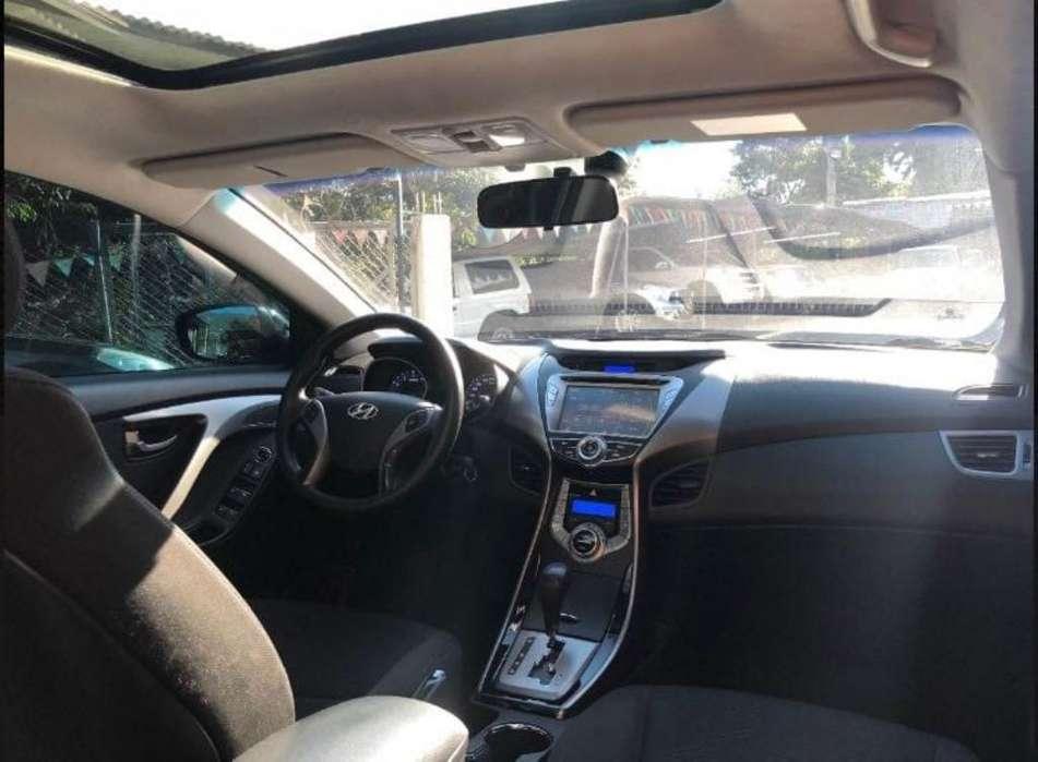 Hyundai Elantra 2014 - 49978 km