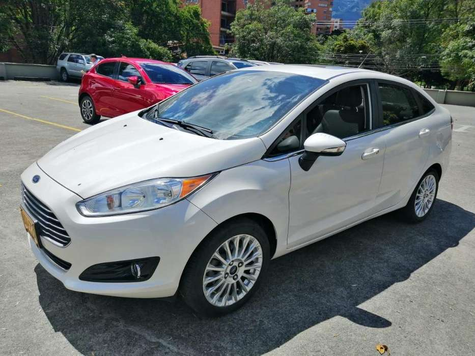 <strong>ford</strong> Fiesta  2016 - 33000 km