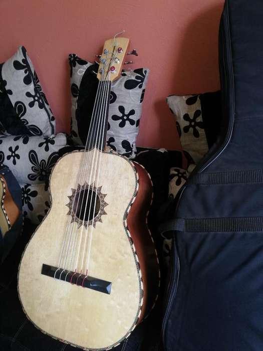 Guitarrón Luthier
