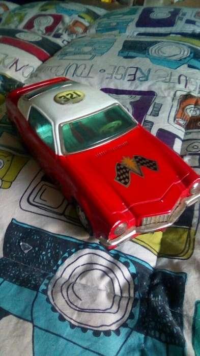 Carro de Juguete Antiguo Camaro