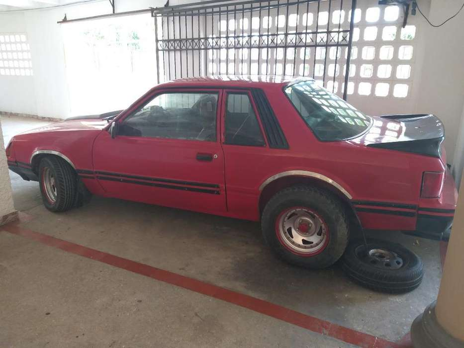 Ford Mustang 1979 - 16000 km