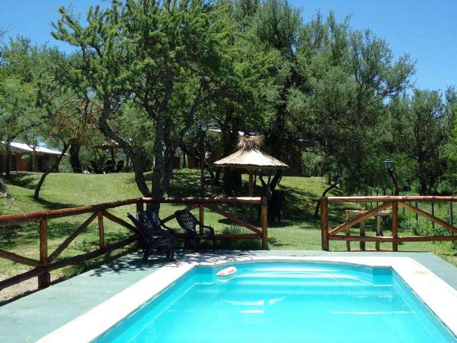 os73 - Cabaña para 2 a 5 personas con pileta y cochera en Los Molles