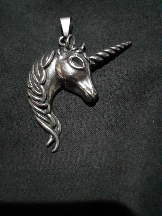 Dije Unicornio Acero