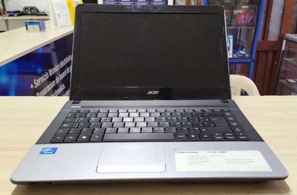 Hermoso portátil Acer con garantía