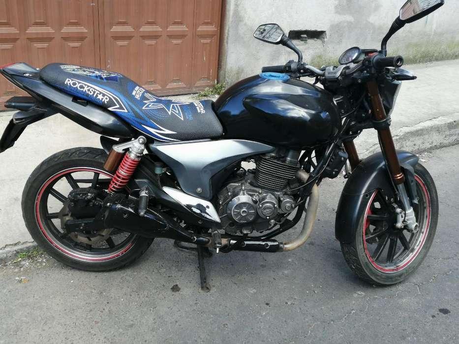 Moto Keeway Año 2013 200cc