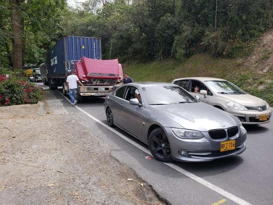 BMW Série 3 2011 - 61000 km
