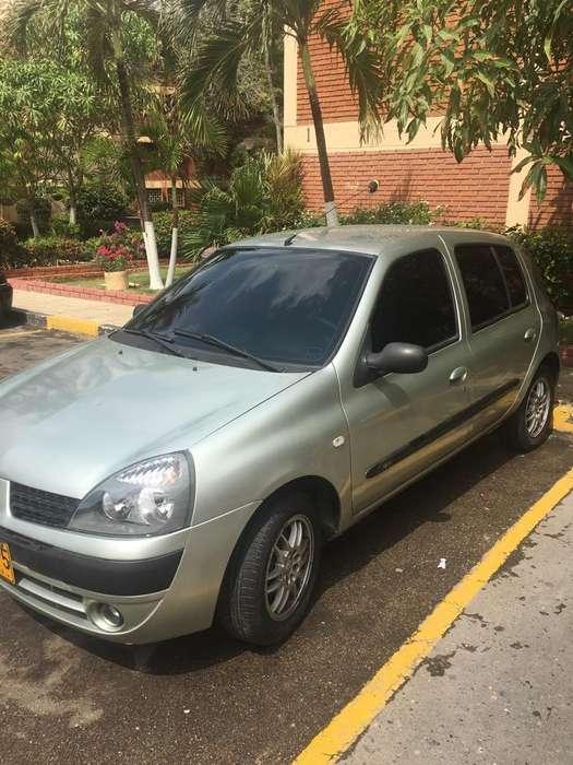 Renault Clio  2006 - 129000 km