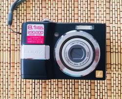 COMO NUEVA!!!Camara Panasonic Lumix LS80 de pilas AA
