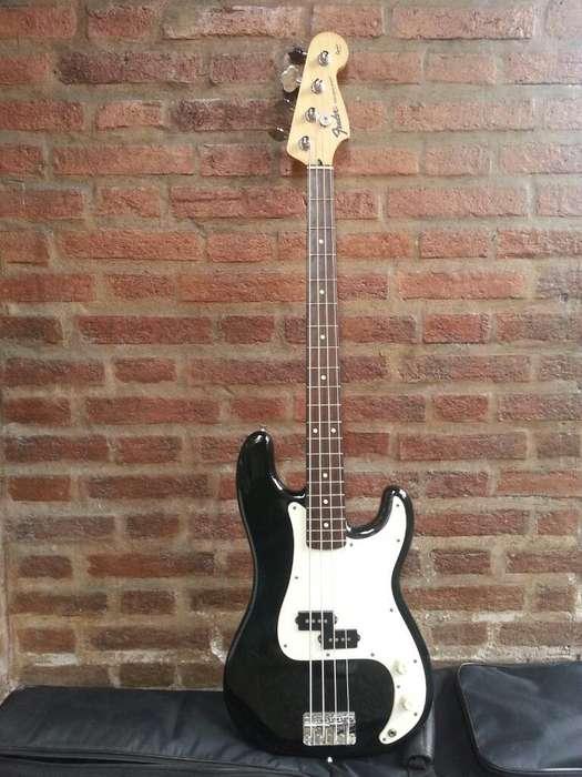 bajo Fender Precision Squier Series Japo