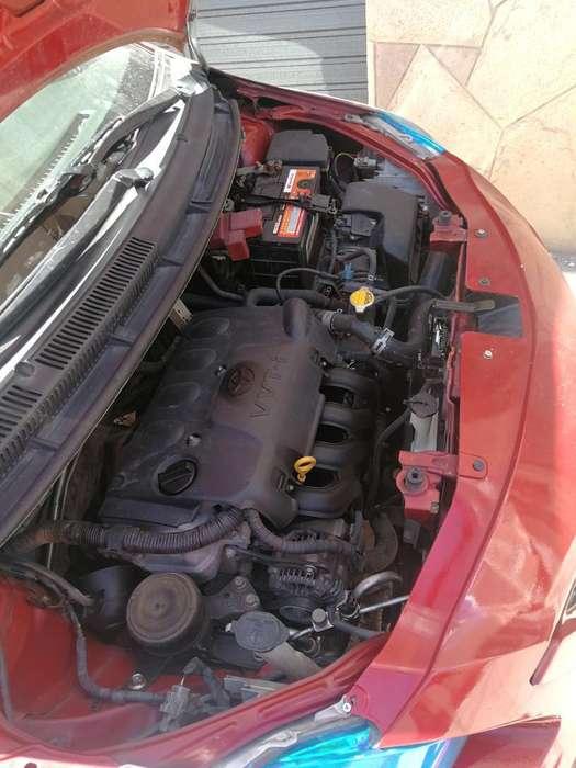 Toyota Yaris 2011 - 100000 km
