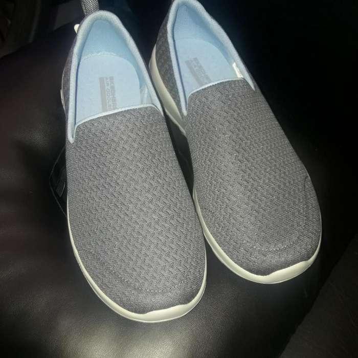 Zapatos Skecher Talla 8