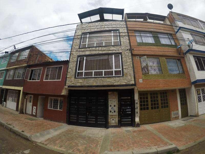 Casa En Venta En Bogota Kennedy Roma Cod. VBSEI3329