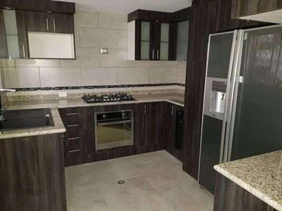Muebles de Cocina, Closets, Baños