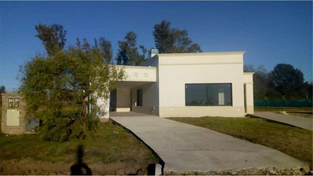 Acceso Oeste Lote / N 69 - UD 250.000 - Casa en Venta