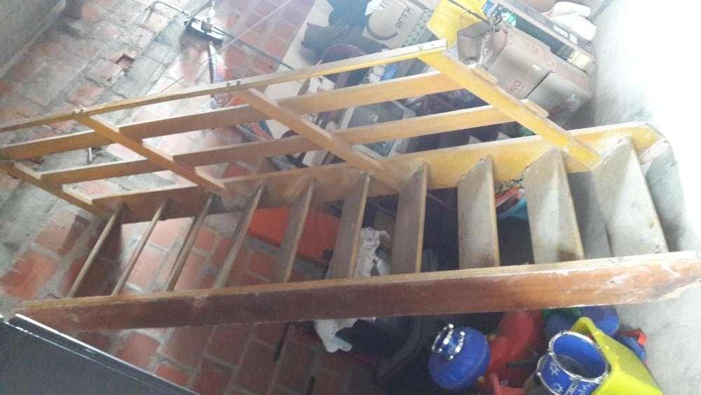 gradas o escaleras de madera